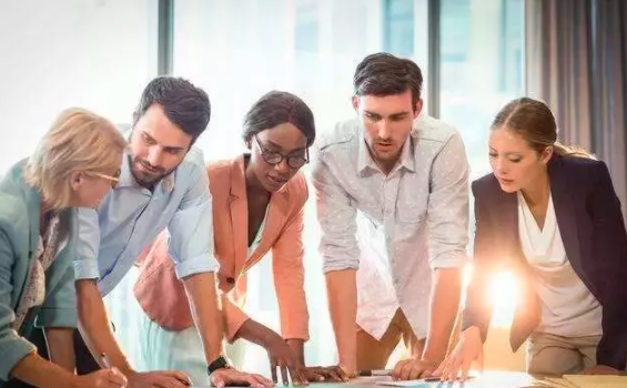 HR假期充电:这样做招聘时间缩短一半,成本降低30%